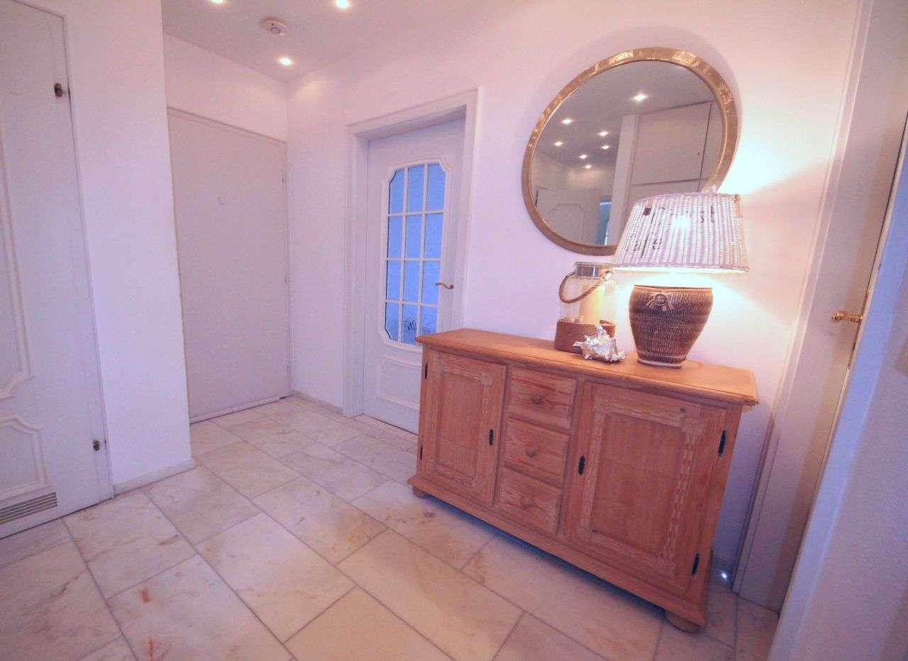 RESERVIERT: Luxuriöse 3-Zimmer Wohnung mit Topausstattung