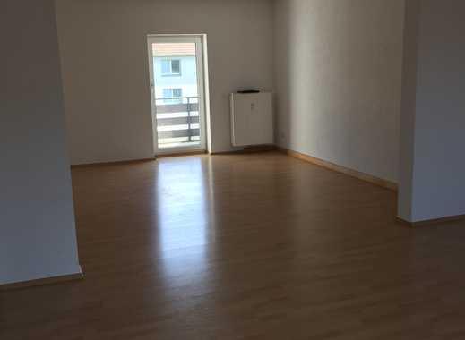 Wunderschöne vier Zimmer Wohnung in Essen, Frohnhausen