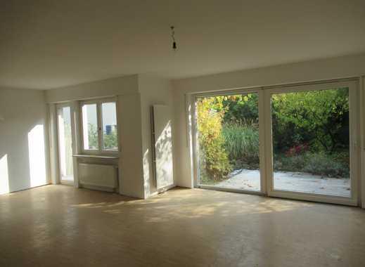 Großzügige Wohnung mit Balkon,Terrasse und Garten Nähe Kräherwald