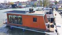Hausboot nahe Fischland-Darss-Zingst Ribnitz-Damgarten Ostsee