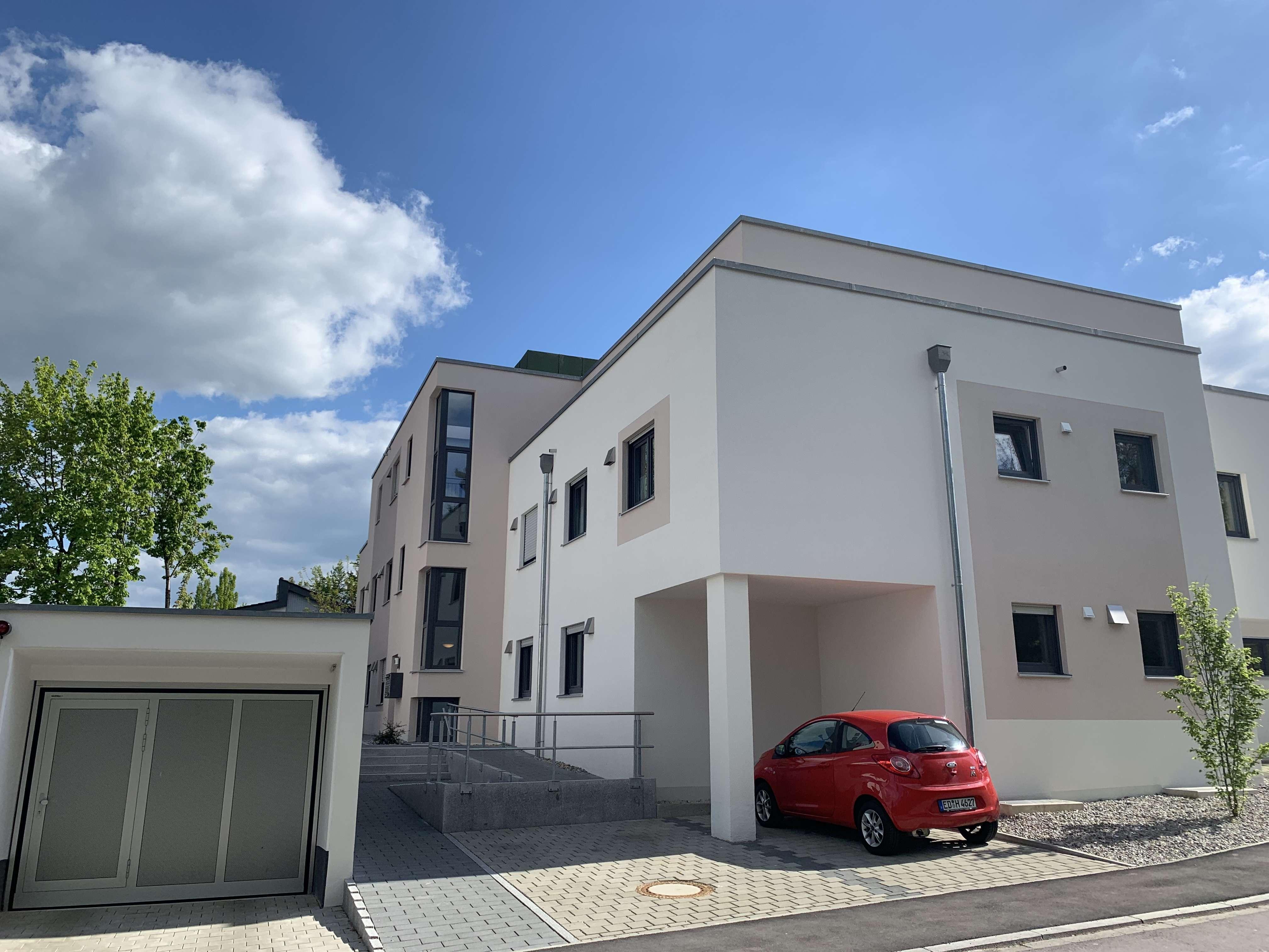 Exklusives 3 ZKB Neubau-Penthouse ** Toplage in Mering **