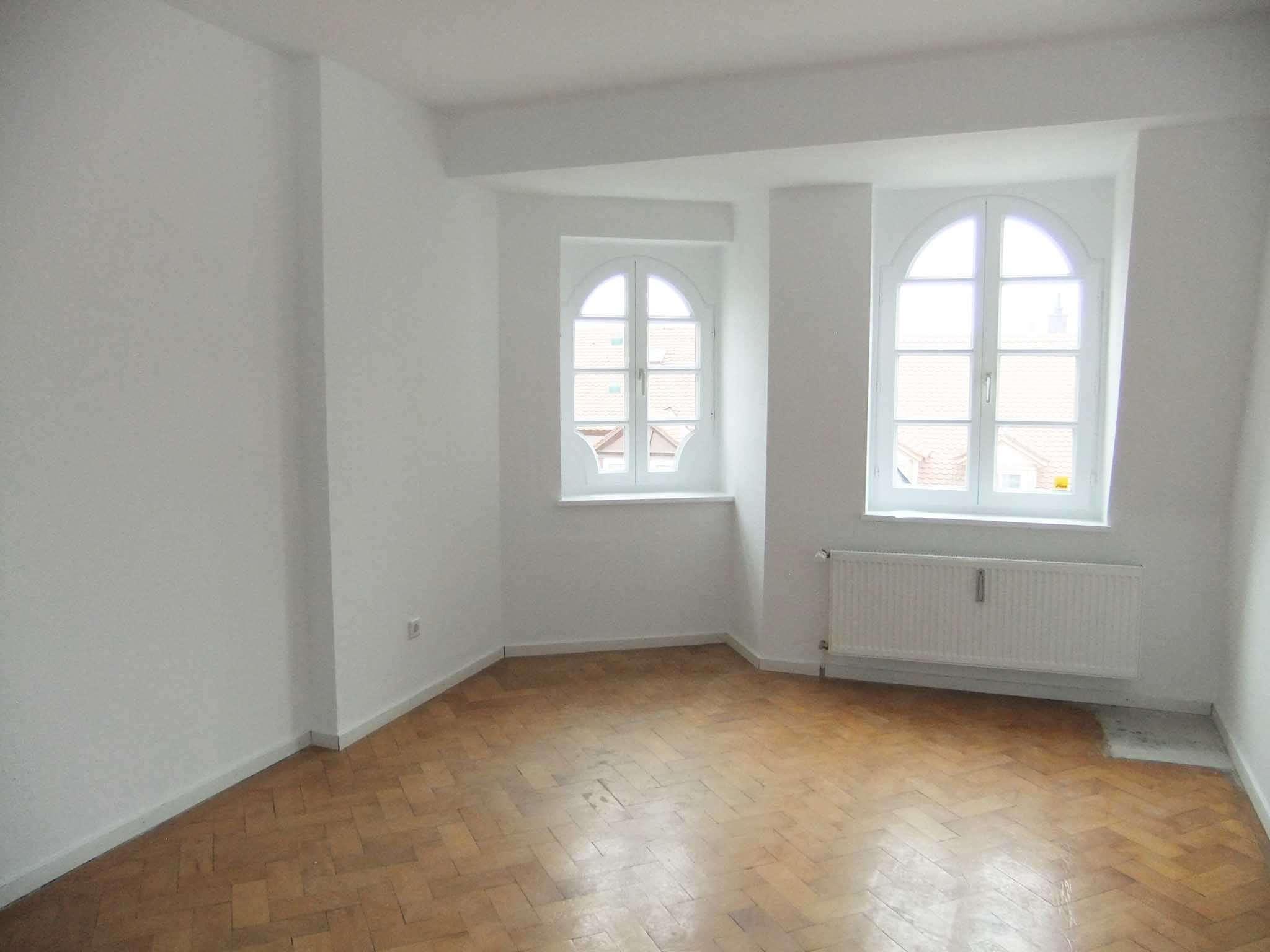 Keine WG! -- Stilvolles Wohnen in prächtigem Jugendstilhaus in der Maximilianstraße in Regensburg-Innenstadt