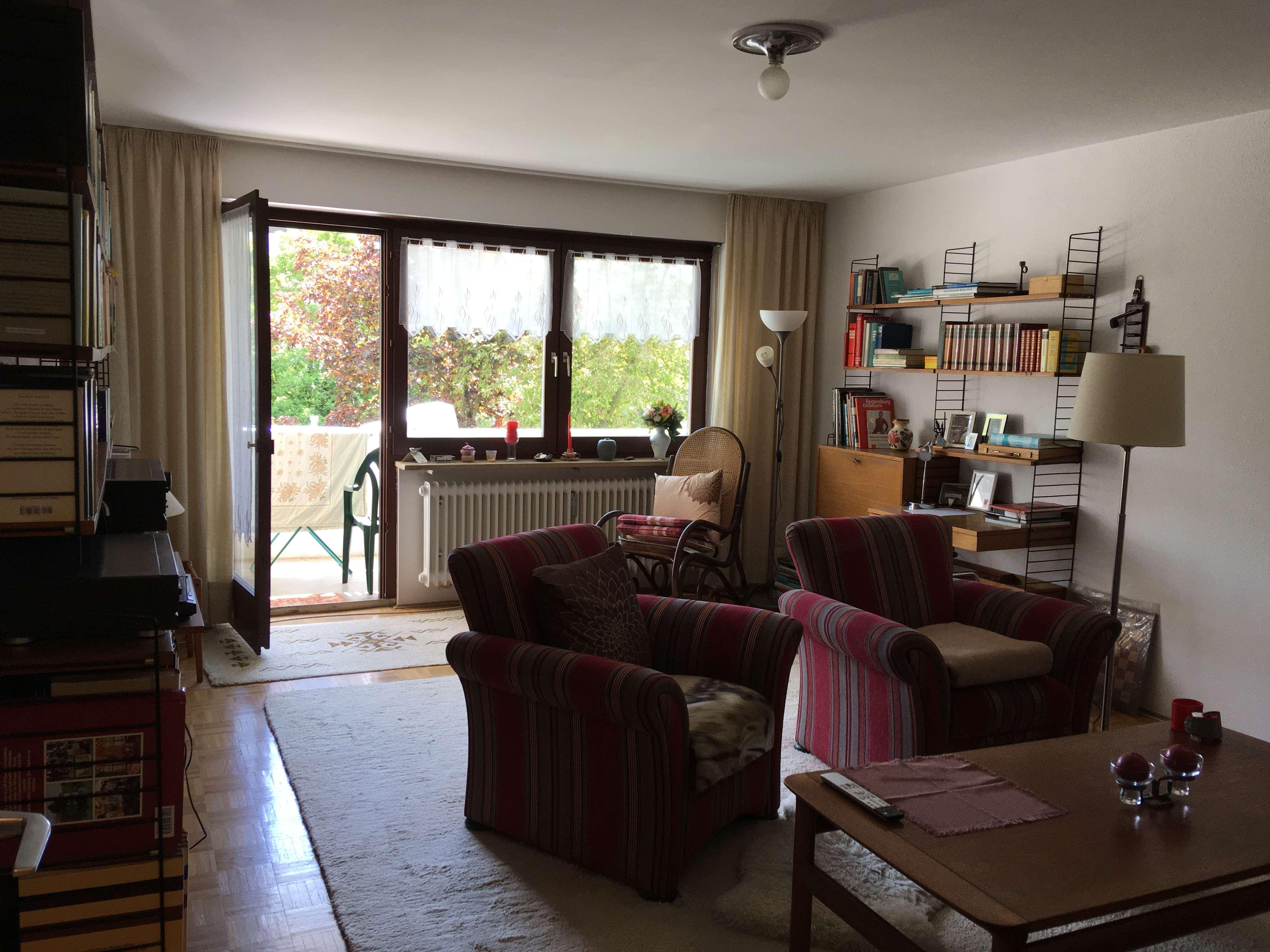 Gepflegte 3-Zimmer-Wohnung mit Balkon und EBK in Regensburg in