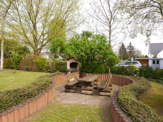 Moderne 3-Zim.-Wohnung mit PKW-Stellplatz und Garten - Bild 19