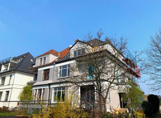 Erstbezug nach Sanierung: stilvolle 2-Zimmer-Wohnung mit Freisitz