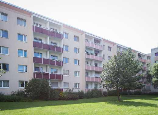 ERSTBEZUG nach Renovierung! 3-Zimmer-Wohnung in ruhiger Lage!