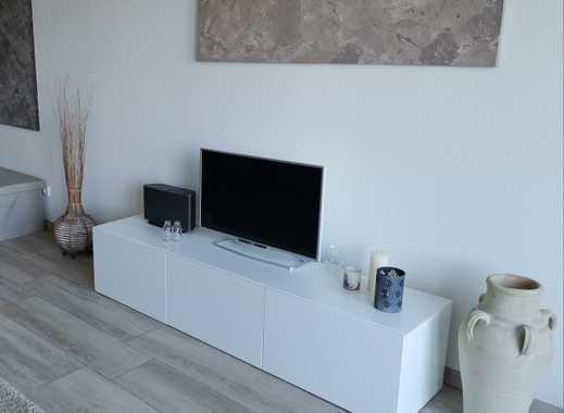 Helle moderne 3-Zimmer-Wohnung mit Balkon, Wanne, Dusche