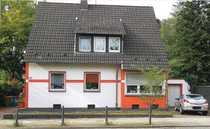 Bild Schönes 2 Familen-Haus mit sechs Zimmern in Oberhausen, Styrum