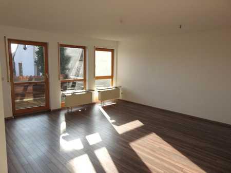 Großzügige 2 Zimmer Wohnung mit Balkon in Vach / Flexdorf / Ritzmannshof (Fürth)