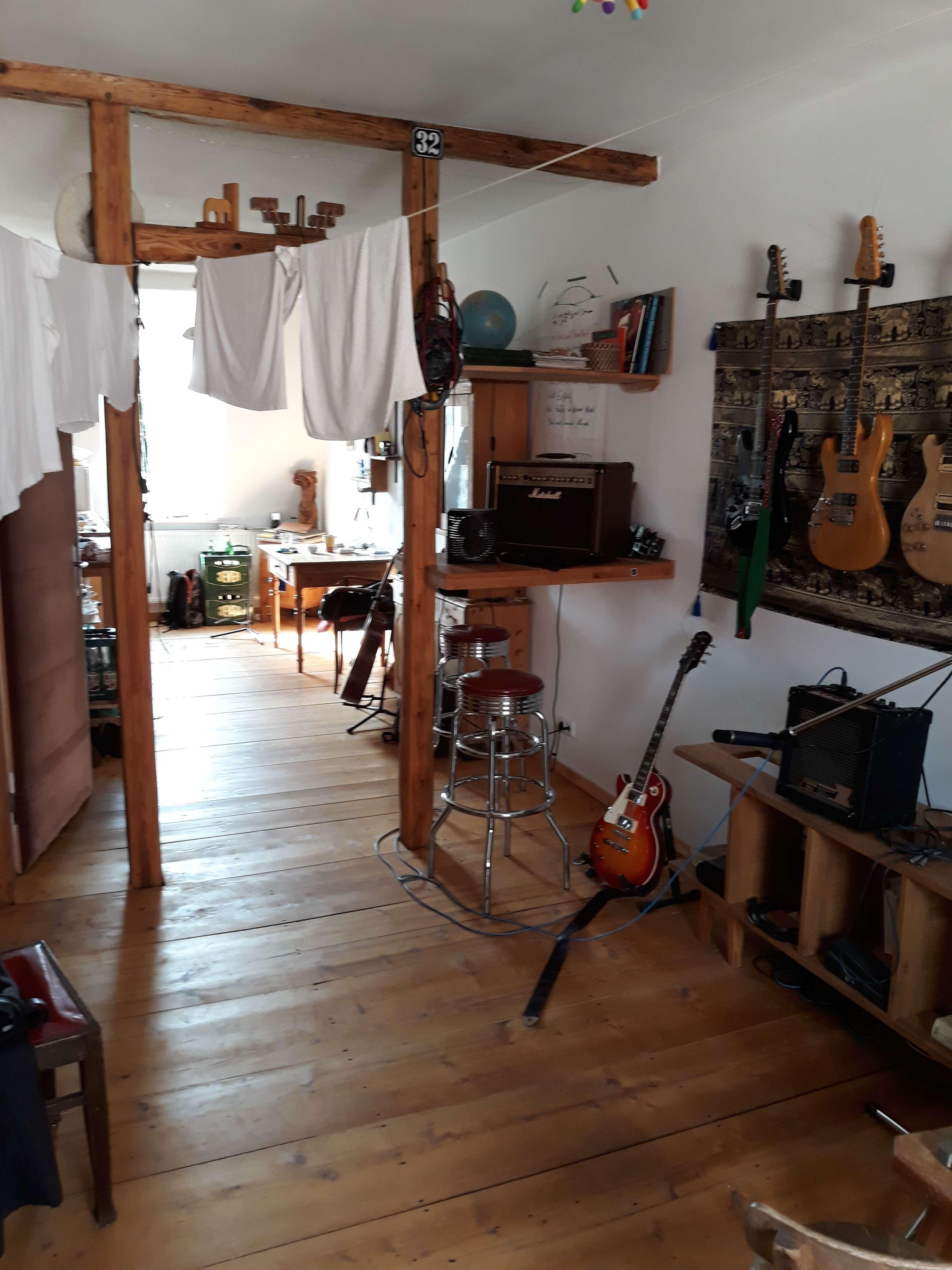 Helle und ruhige  2 - Zimmer Wohnung Nürnberg Nord am Stadtpark