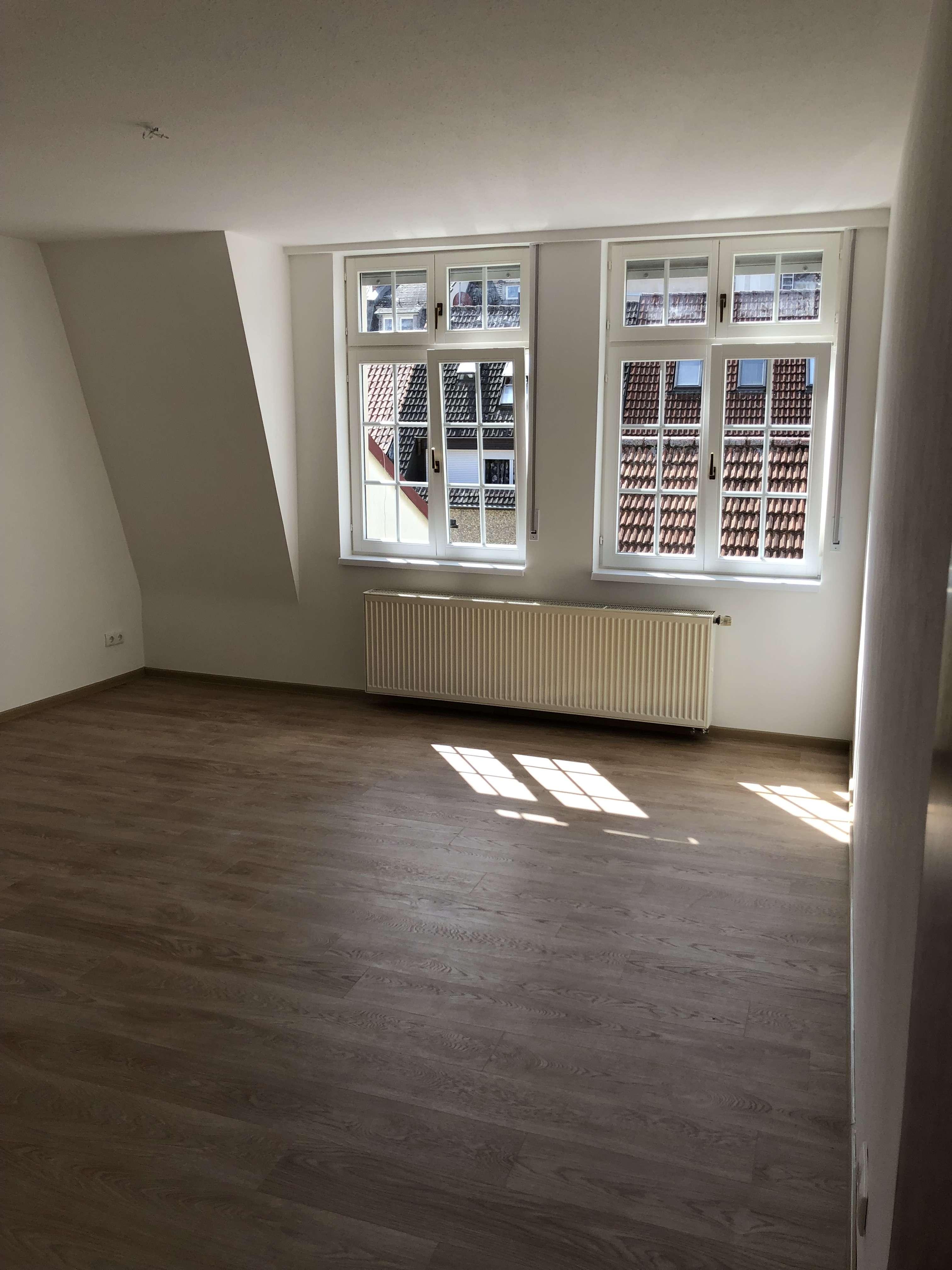 Komplett sanierte 2 - Zimmerwohnung in der Stadtmitte