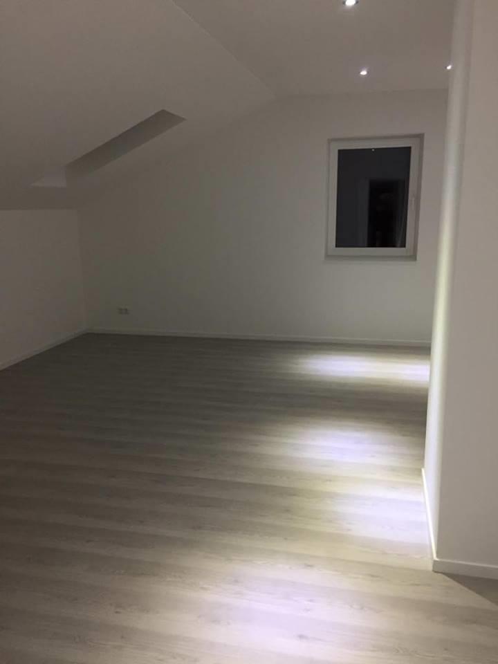 Neuwertige 3-Zimmer-Obergeschosswohnung mit Balkon in Furth in Furth (Landshut)