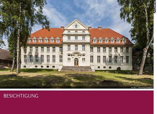 Repräsentatives Schloss-Ensemble für Hotelresort