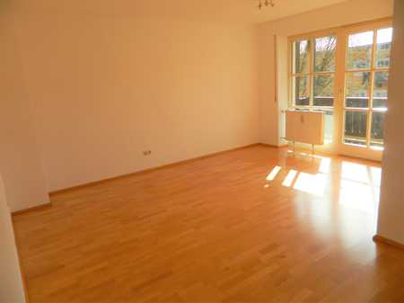 Gepflegte 1-Zimmer-Wohnung mit Balkon in Traunstein - Geißing in Traunstein