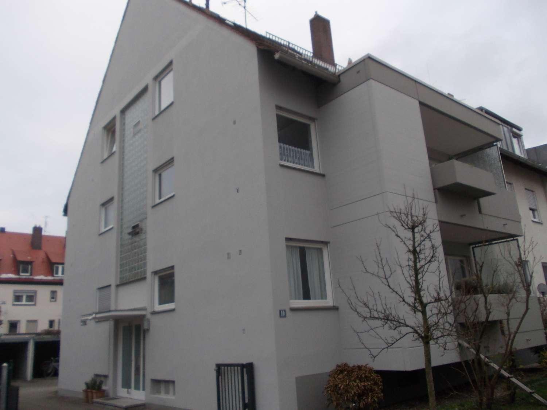 Schöner Wohnen in Schoppershof ! Großzügige 1-Zimmer-Wohnung mit Loggia und Einbauküche