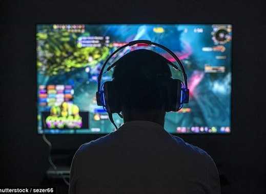Gamer WG Neugründung sucht Mitbewohner/innen