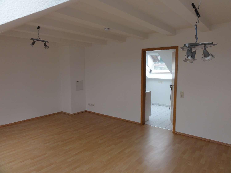 Tolle Dachgeschosswohnung in Haibach zu vermieten ! in Haibach (Aschaffenburg)