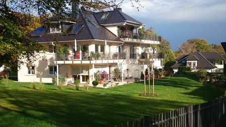 Elegante Etagenwohnung in exclusiver Lage mit großem Süd-West Balkon in Feldafing (Starnberg)
