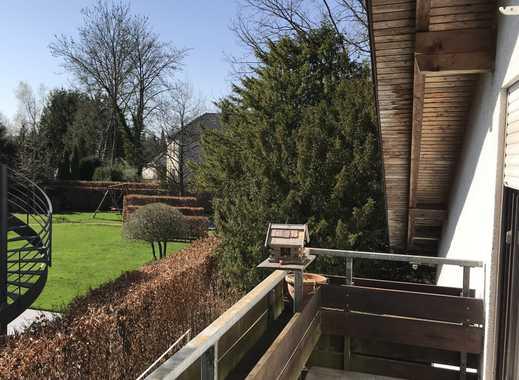 Ruhige 2,5-Zimmer-Galerie-Wohnung mit Balkon in Grünwald