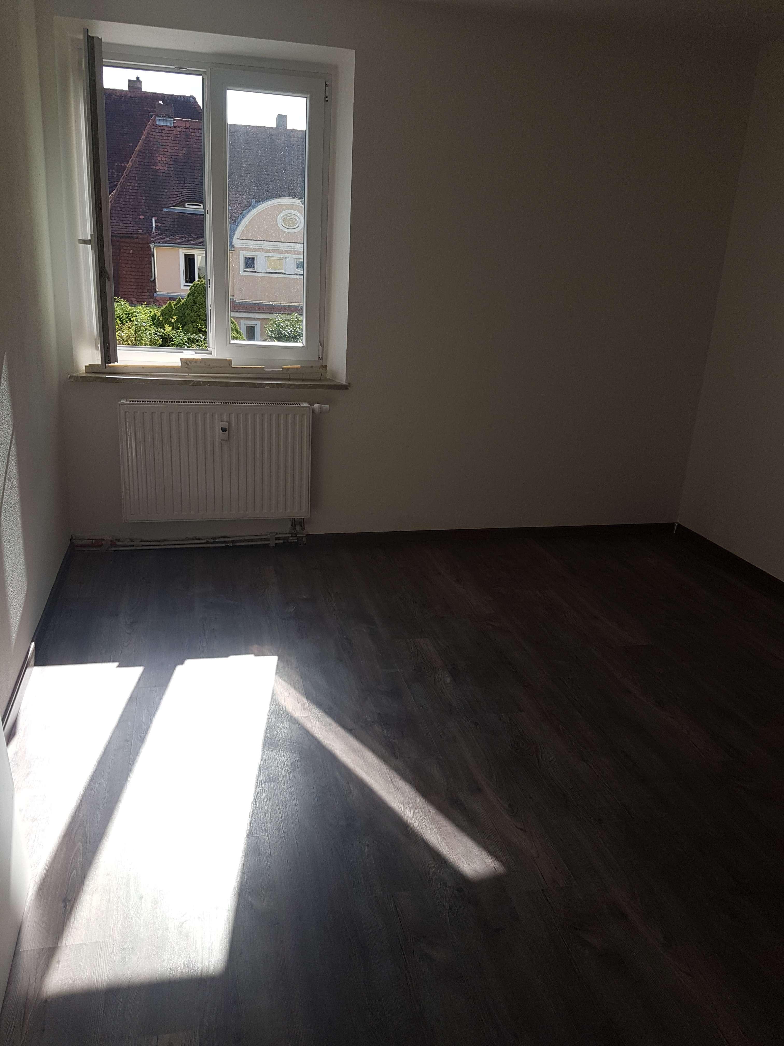 Neu sanierte 3-Raum Wohnung in Zentrumsnähe, WG-geeignet, ab 01.10.19 in Hammerstatt/St. Georgen/Burg (Bayreuth)
