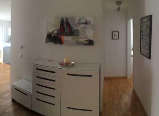Schöne drei Zimmer Wohnung in Ludwigsburg (Kreis), Schwieberdingen