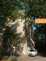 Bild Helle Familienwohnung im Siedlungsbau mit grünem Umfeld