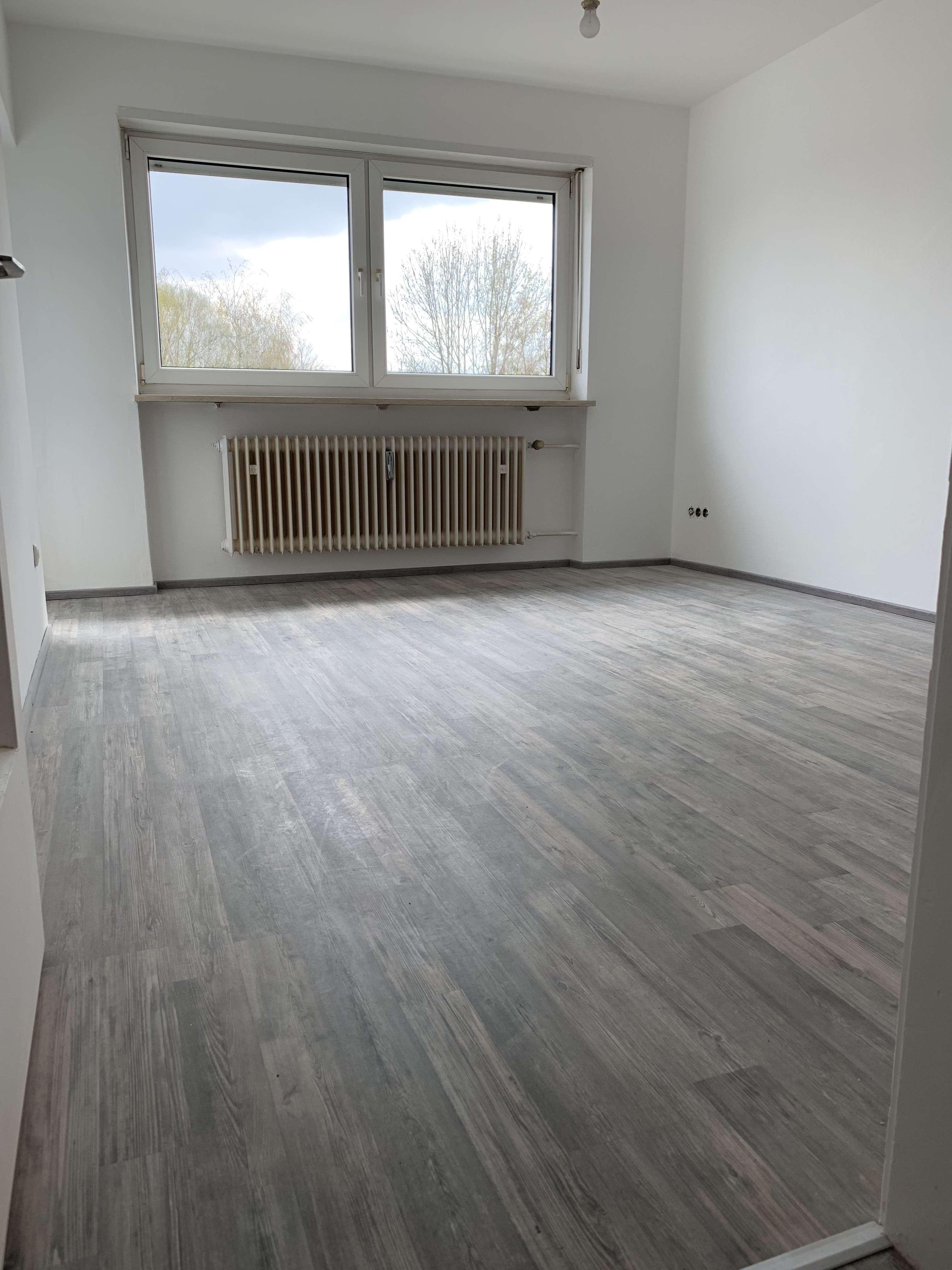 Erstbezug nach Sanierung mit Balkon: 3-Zimmer-Wohnung in Ingolstadt