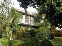 Gartenliebhaber gesucht - Romantische Maisonettewohnung mit