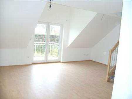 Ansprechende 3-Zimmer-DG/Galerie-Wohnung mit Balkon in Moosburg in Moosburg an der Isar