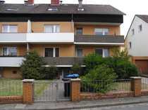 Gepflegte 1-Zimmer-Hochparterre-Wohnung mit Balkon und EBK