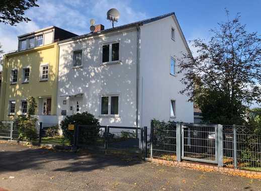 Oslebshausen! Familienfreundliche Doppelhaushälfte mit großem Garten!