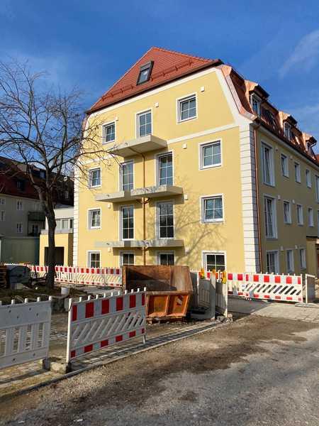 Erstbezug mit Einbauküche und Balkon: exklusive 2-Zimmer-Wohnung in Regensburg mit Domblick in Stadtamhof (Regensburg)