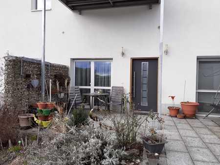 NEU, noch zu haben Wohnung mit Aussicht ins Grüne mit gehobener Ausstattung in Zirndorf
