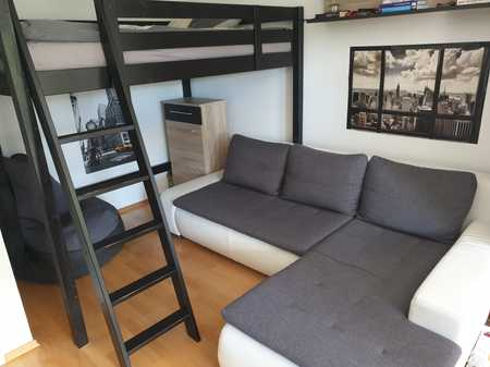 Single-Apartment mit Balkon in gut angebundener, ruhiger Lage in Bogenhausen (München)