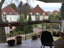 Bild Sehr helle 3-Zimmer-Wohnung mit EBK und großem Balkon, Kamin, Parkett, Garten, kinderfreundlich