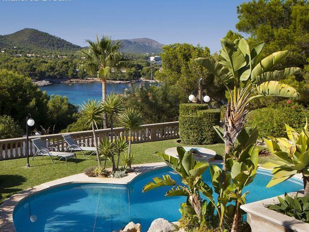 Villa mit Traumblick, privatem Garten, Pool und Gästeapartment und ...