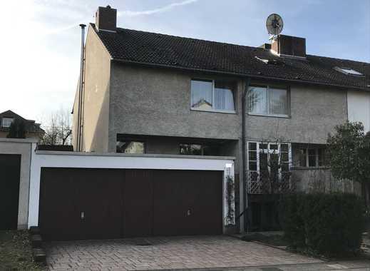 Schönes, geräumiges Haus mit sechs Zimmern in Köln-Rodenkirchen