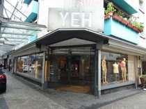 Schickes Eck-Ladenlokal mit 15 Meter