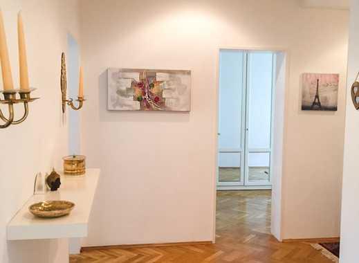 Alt Oberkassel: Repräsentative 3 Zimmer Wohnung