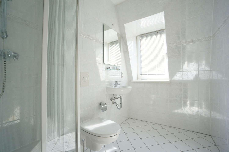 Duschbadezimmer 2