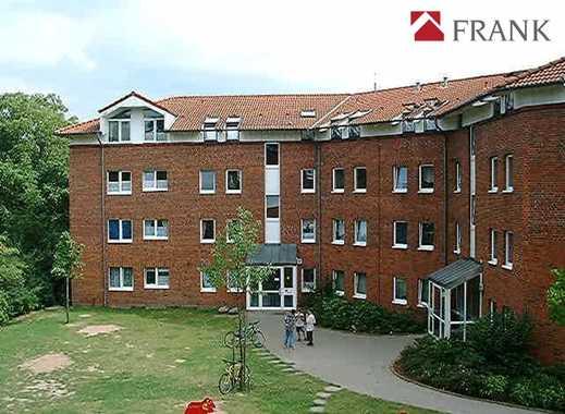 Gemütliche 3-Zi-Dachgeschosswohnung mit Balkon in ruhiger Sackgassenlage ( WBS erforderlich )