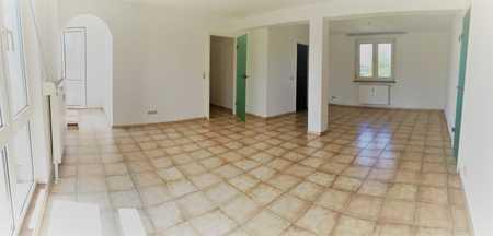 Helle, großzügige 3 Zimmer Wohnung in ruhiger Lage in Augsburg-Pfersee in Pfersee (Augsburg)