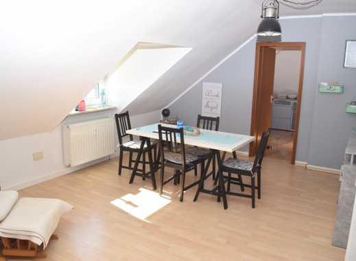 ***Gut und nachhaltig vermietete 3-Zimmer-Dachgeschosswohnung in ruhiger Lage von Erle***