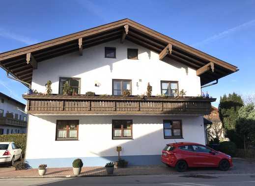 Neuwertige 2-Zimmer-Wohnung mit Balkon und EBK in Grassau