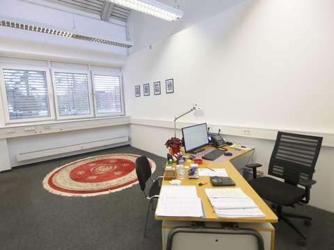 von Privat ! Lagerhalle 217m² mit Büro 113m² -Bergisch ...