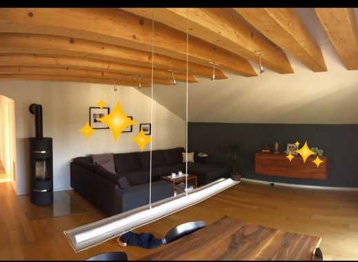 Exklusive, vollständig renovierte 4,5-Zimmer-Dachgeschosswohnung mit Balkon und EBK in Lörrach