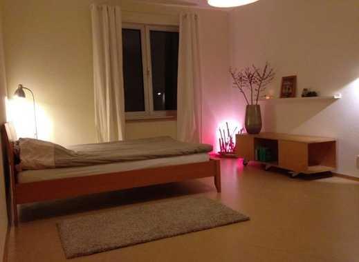 Großes, helles Zimmer in Frankfurt am Main
