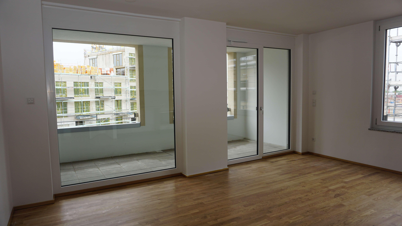 Neubau Erstbezug! Moderne 3-Zimmer-Wohnung mit Einbauküche und Loggia!