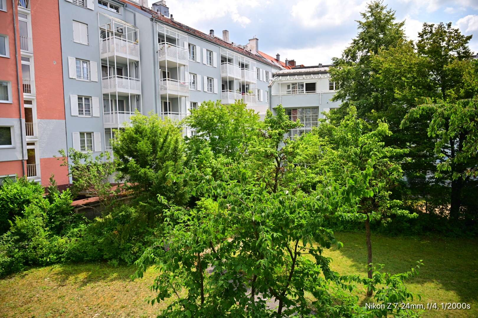 Möbliertes, ruhig geleges Apartment im Brudermühlviertel, frisch renoviert, vollständig ausgestattet in Sendling (München)