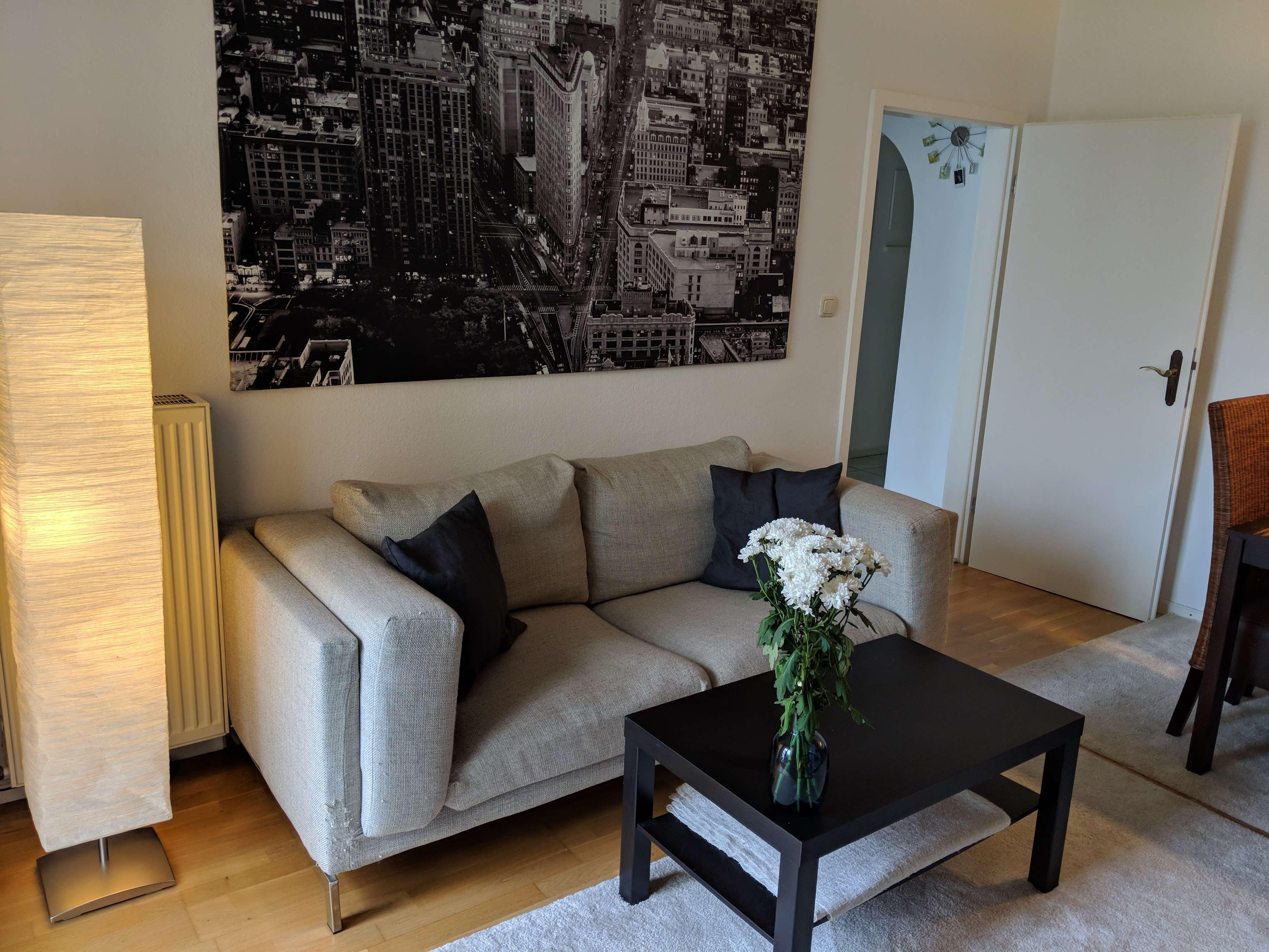 Um's Eck vom Königsplatz; Vollmöblierte 2-Zimmer-Wohnung mit Blk/EBK in Maxvorstadt (München)
